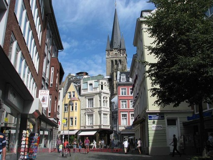 040 aachen rue-cathedrale