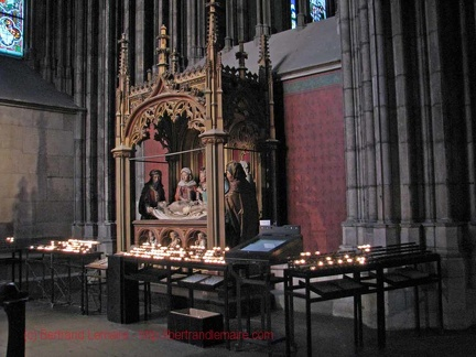 026 Koln cathedrale interieur
